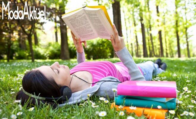 kitap okurken muzik dinlemek