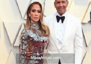 Jennifer Lopez düğününü erteleme kararı aldı