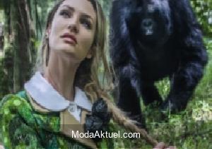 Candice Swanepoel'den vahşi doğa pozları