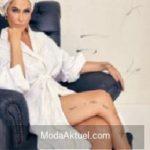 Hülya Avşar'ın bornozlu pozu sosyal medyayı salladı