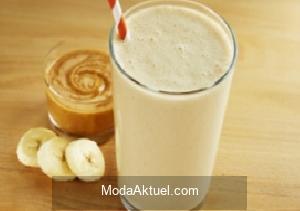 Protein bombası:  Muz ve fıstık ezmeli smoothie